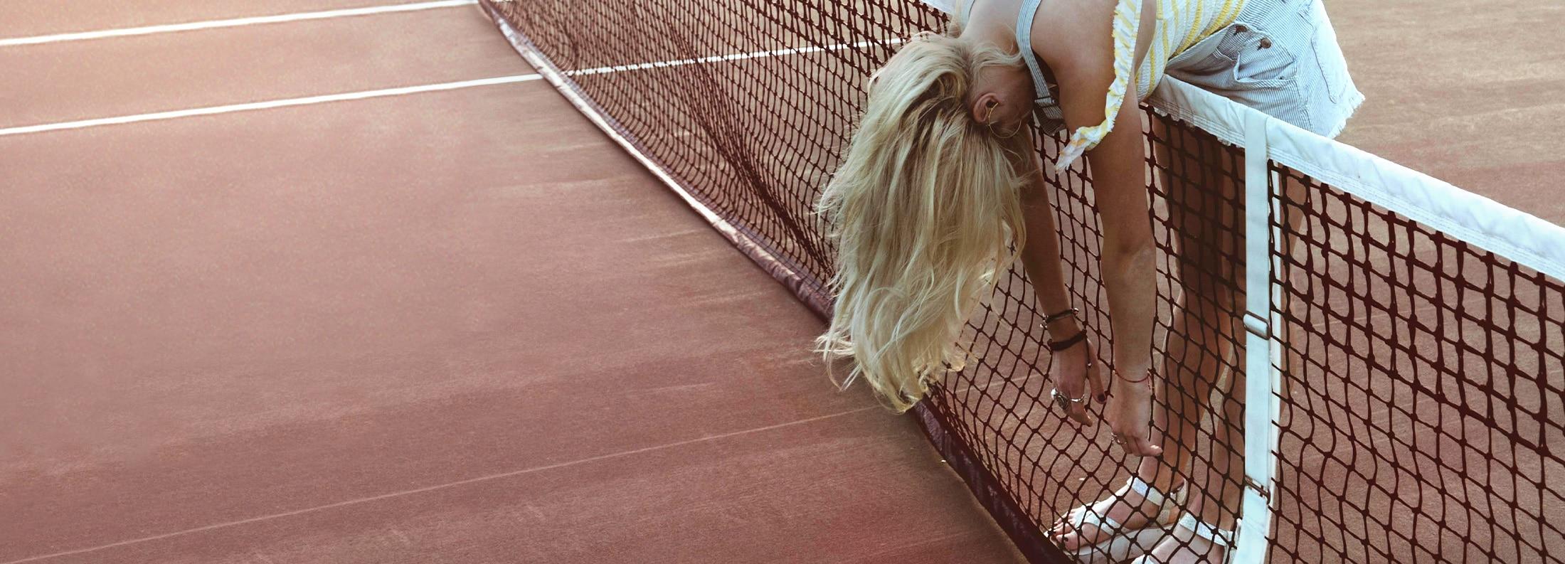 woman_tennis_blondhair_Colorgrading