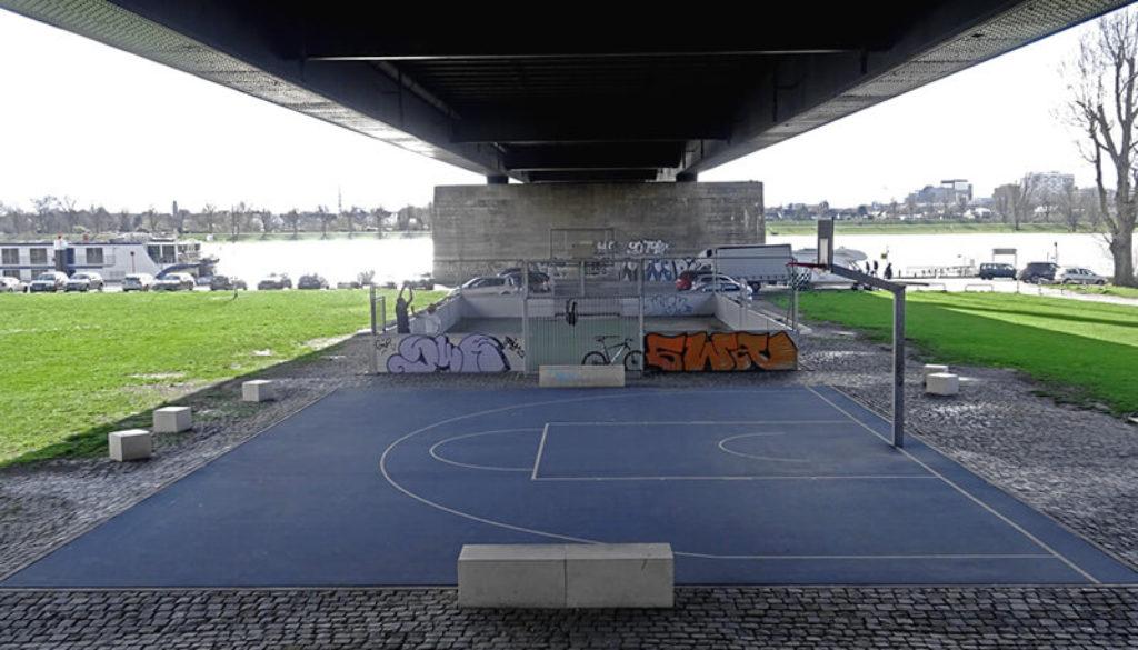 Theodor-Heuss-Brücke-Düsseldorf
